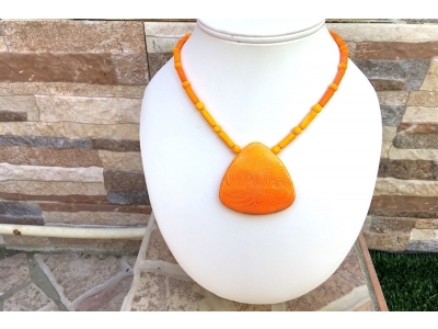 SHOPALI : COLLIER ORANGE ET OR